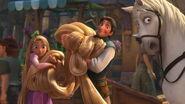 Disney-tangled-flynn-rapunzel-pascal-mothergothel-tangled-17082075-1280-690