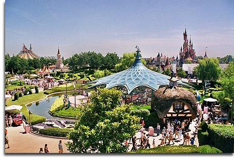 File:Fantasyland of Disneyland Paris.jpg