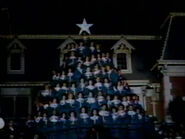 1962-holiday-time-disneyland-09
