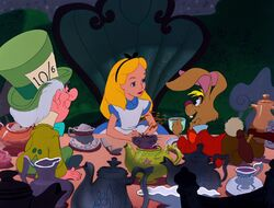 Alice-march-hare-mad-hatter