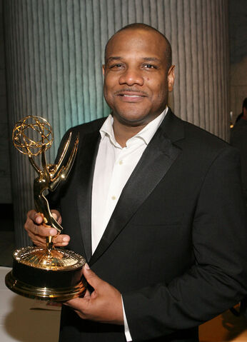 File:36th Annual Daytime Entertainment Emmy Awards wYXQZZfP-Ael.jpg