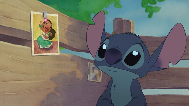 File:Liloandstitch2-204.jpg