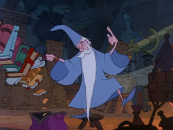 Sword-in-stone-disneyscreencaps.com-1378