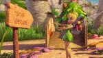 Tinkerbell-fairy-rescue-peek
