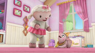 Lambie and picky nikki