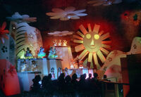 109-067 - Small World - interior