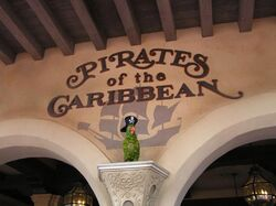 Wdw signs pirates