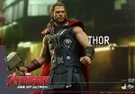 Thor AOU Hot Toys 17