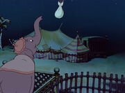 Dumbo-disneyscreencaps.com-269