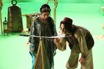Once Upon a Time - 6x05 - Street Rats - Production Images - Jasmine and Aladdin 2