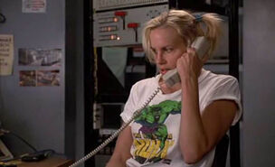 My-Favorite-Martian-–-The-Incredible-Hulk-T-shirt
