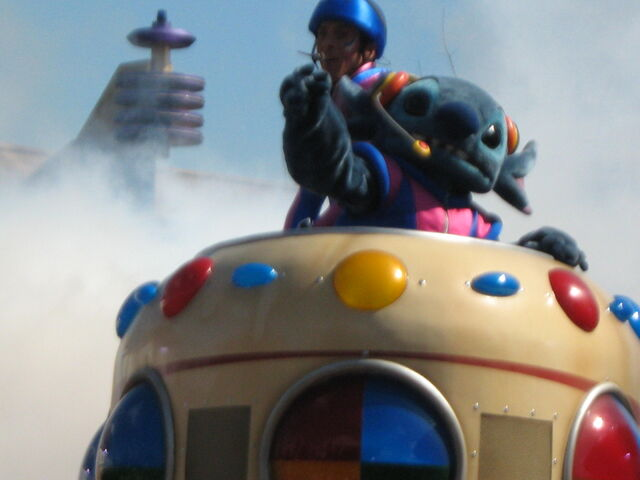 File:Disney 2009 079.jpg