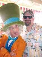 Me and hatter at disneyland june 2010 640