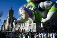 Buzz-lightyear-balloon-in-macys-thanksgiving-parade-dbad04c3d0f95781