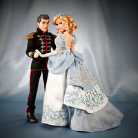 Disney Fairytale Designer Collection - Cinderella and Prince Charming Dolls