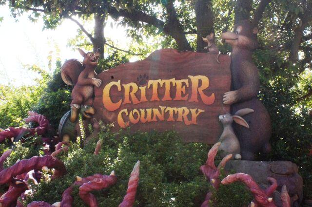 File:Critter Country at Tokyo Disneyland.jpg
