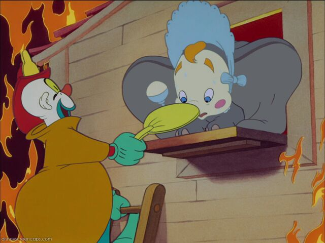 File:Dumbo-disneyscreencaps com-3929.jpg