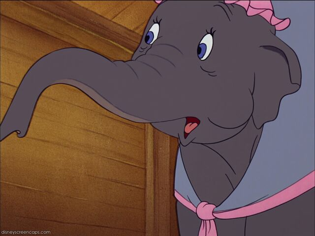 File:Dumbo-disneyscreencaps com-703.jpg