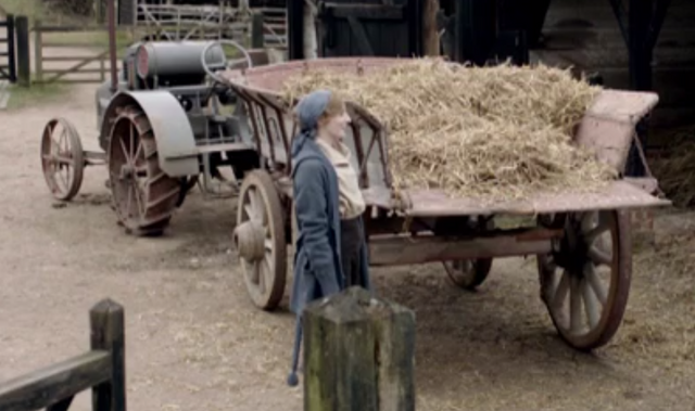 File:TractorAndHayWagonS2E2.png
