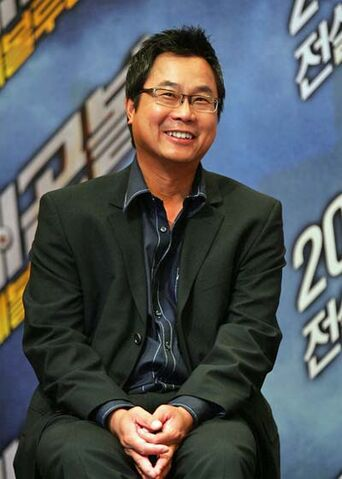 File:James-Wong.jpg