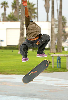 File:220px-Skateboarder in the air.jpg