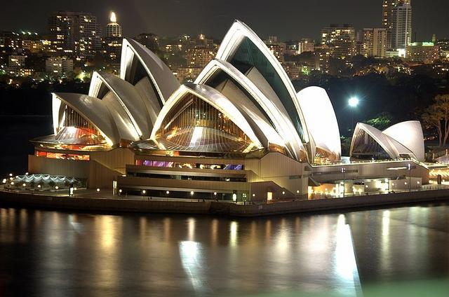 File:800px-Sydney Opera House Night.png