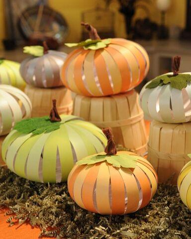 File:6030 101910 paper pumpkins vert.jpg