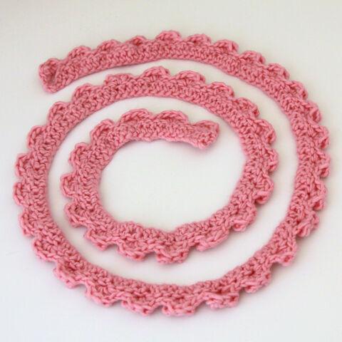 File:Crochet Skinny Scarf-001.JPG
