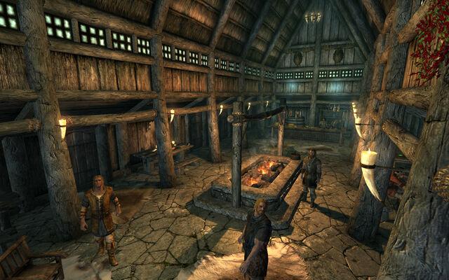 File:Sleeping Giant Inn Interior.jpg
