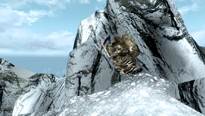 TESV Notched Pickaxe Throat of the World.png