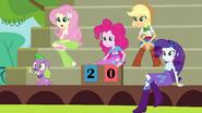 Main 5 and Spike scoreboard two-zero EG