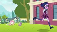 Twilight running away from Spike EG3