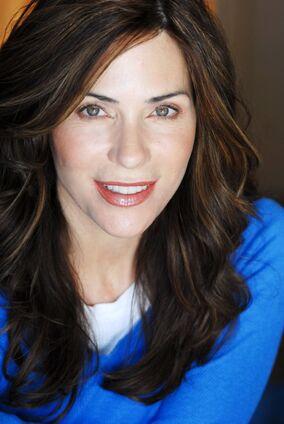 Holly Gagnier