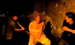 Grand Theft Auto 2 The Movie - El Krishna siendo torturado