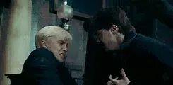 Harry tomando la varita de Draco.jpg