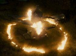 P6 La Madriguera en llamas.jpg