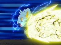 Archivo:EP559 Pokémon atacando.png