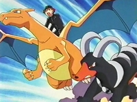 Archivo:EP205 Charizard y Houndoom.png