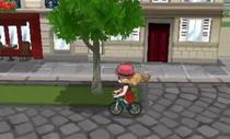 Serena montando la bicicleta.png