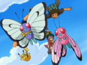 OPJ10 Butterfree junto al Butterfree Rosa.png