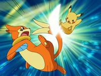 Archivo:EP544 Choque entre Pikachu y Buizel.png