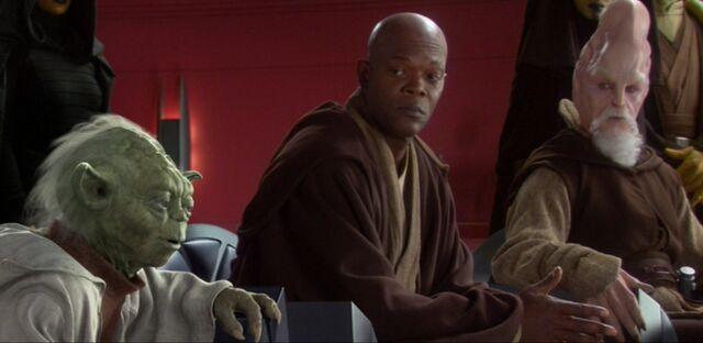 Archivo:Yoda mace windu ki-adi-mundi aotc.jpg