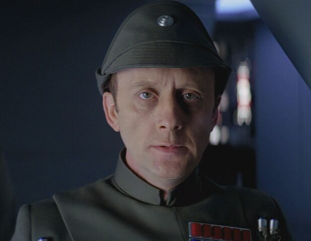 Archivo:Admiral piett.jpg