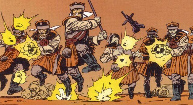 Archivo:Naddist soldiers.jpg