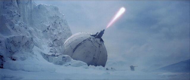 Archivo:Hoth Cañón Ion.JPG