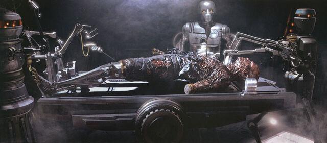 Archivo:Darth Vader operación.jpg