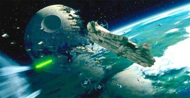 Archivo:Endor-spacebattle.jpg