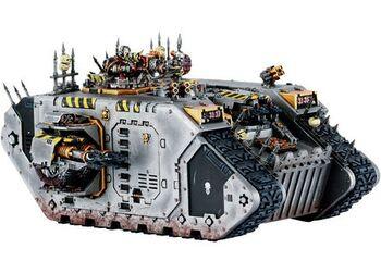Miniatura caos Land Raider guerreros hierro.jpg