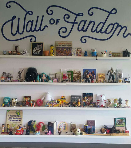 Archivo:Wall of Fandom SF.jpg