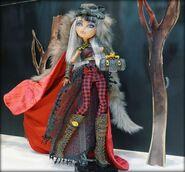 Facebook - Cerise Wolf first look